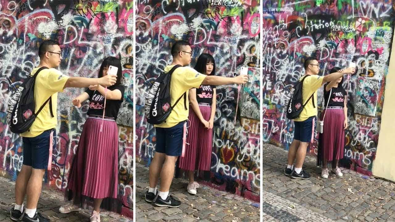 Girl Uses Her Boyfriend as a Tripod to Take Selfie 3