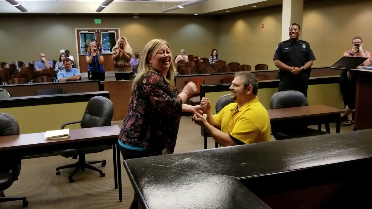 "Man Who Appears to Have Been ""Arrested"" Proposes to Girlfriend In Court 2"