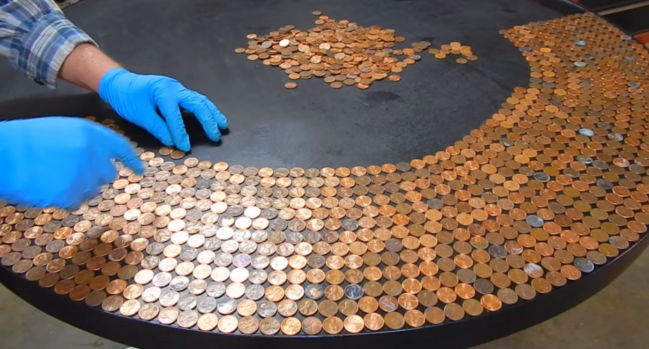 This Guy Lined Up Thousands Of Pennies On a Table, And Created The Best DIY Project Ever 9