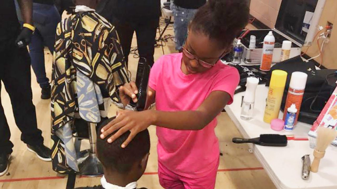 Girl, 8, Trained as a Barber Offers Free Haircuts to Her Pennsylvania Community 5