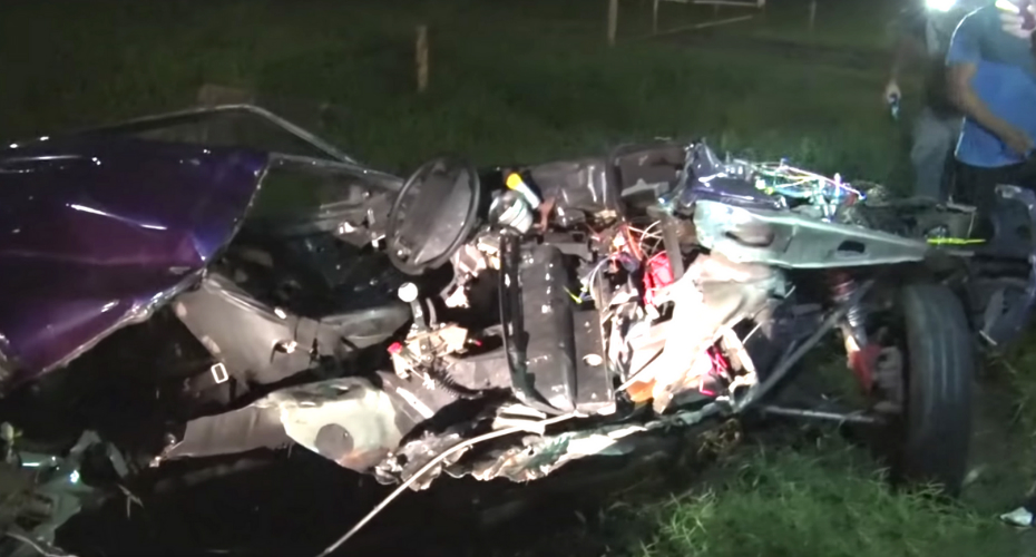 Mustang Torn Apart In A Brutal Street-Racing Crash 4