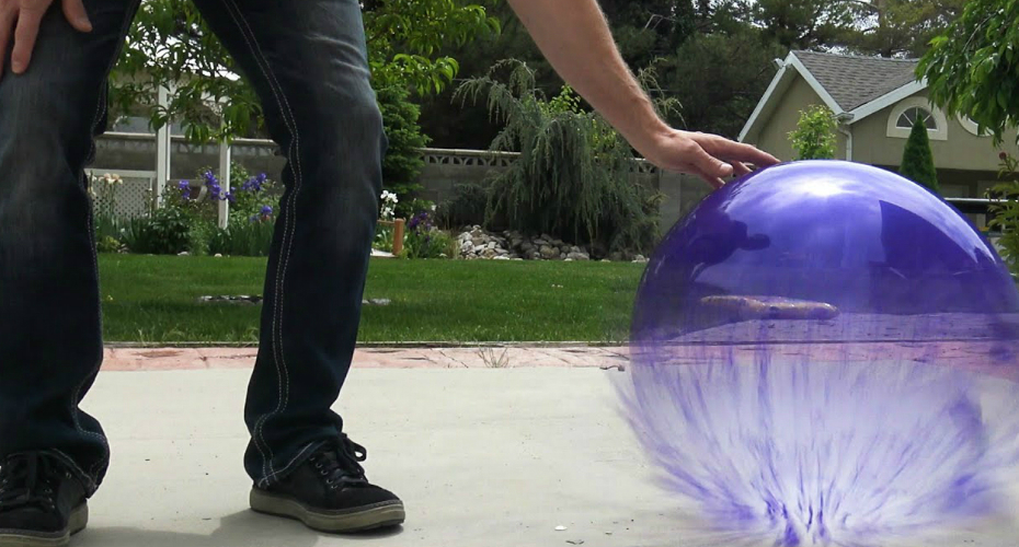 What Happens If You Fill a Balloon With Liquid Nitrogen? 4