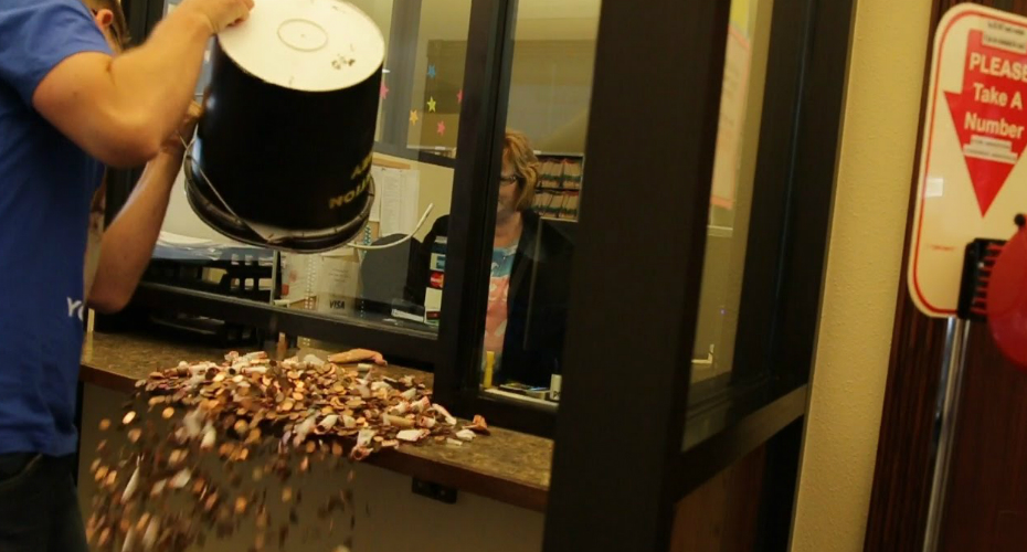 Man Pays Speeding Ticket With 22,000 Pennies 6