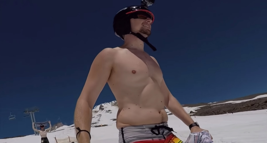 This Man Stabilized a Video Of Him Skiing Topless On His Nipple And It's Weirdly Hypnotic 6