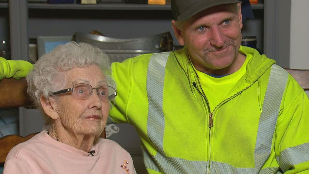 Hero Sanitation Worker Rescues 93-Year-Old Woman From California Fires 6