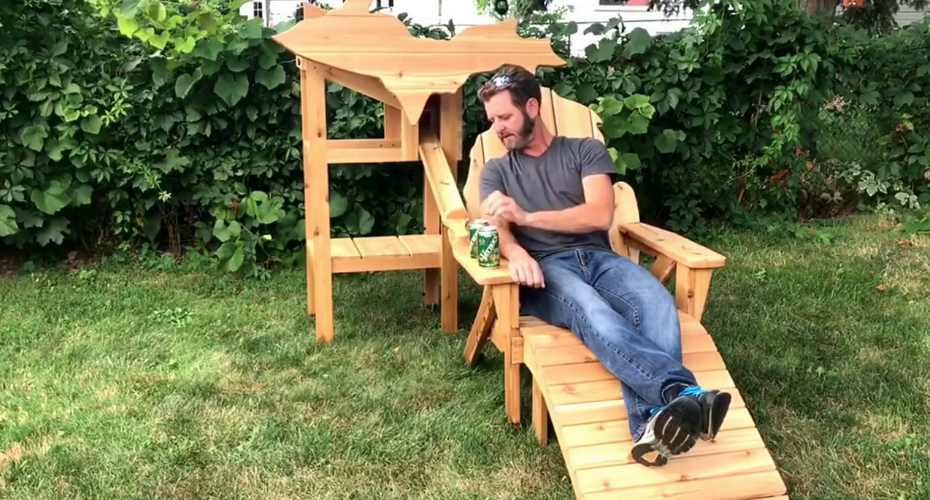 This Michigan-Shaped Beer-Dispenser Chair Has Gone Viral, See How It Works 5
