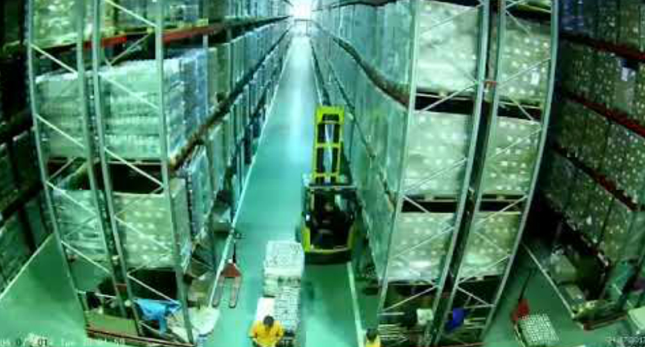 Forklift Driver Causes An Entire Warehouse To Fall Like Dominoes When He Nudges A Shelving Unit 5