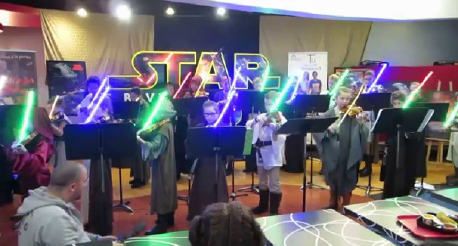 Kid's Music School Plays Star Wars Songs With Lightsabers 7