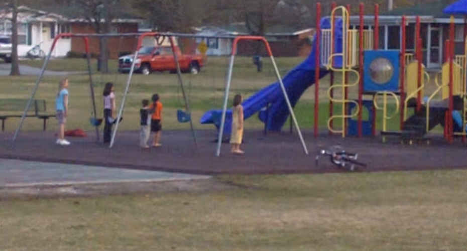 Kids On The Playground Show Ultimate Respect For Marine Corps 9