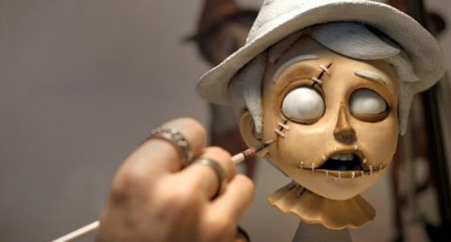 Watch the Creative Process Unfold Before Your Eyes as a Sculptor Crafts a New Work 6