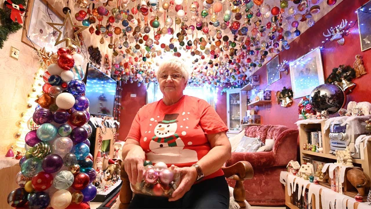 Gran Spend Four Months Hanging Her 'Mammoth' Bauble Collection 5