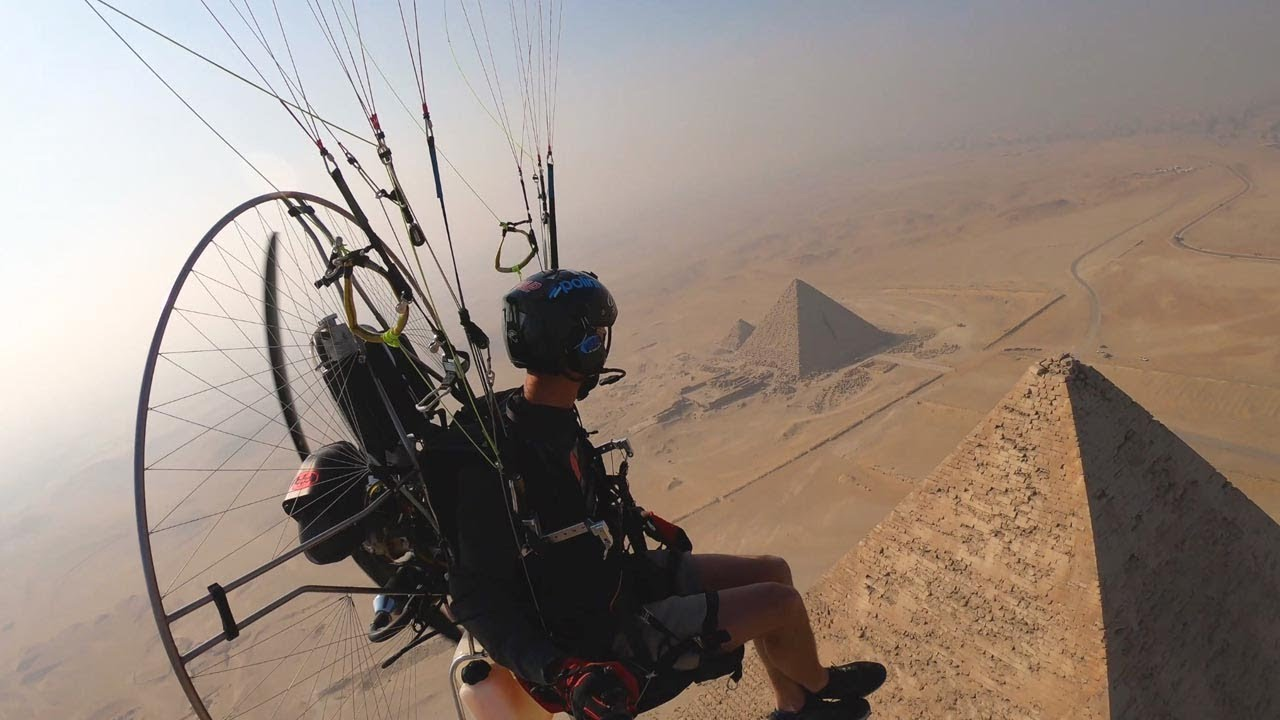 Guy Captures Stunning Views While Paramotoring Over Pyramids 5