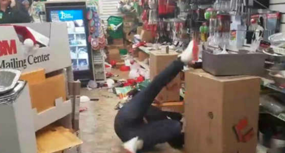 Dollar Tree Employee High On Drugs Freaks Out And Destroys Store 7