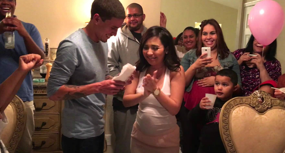 Mom-To-Be Gets The Surprise Of A Lifetime At Her Gender-Reveal Party 1