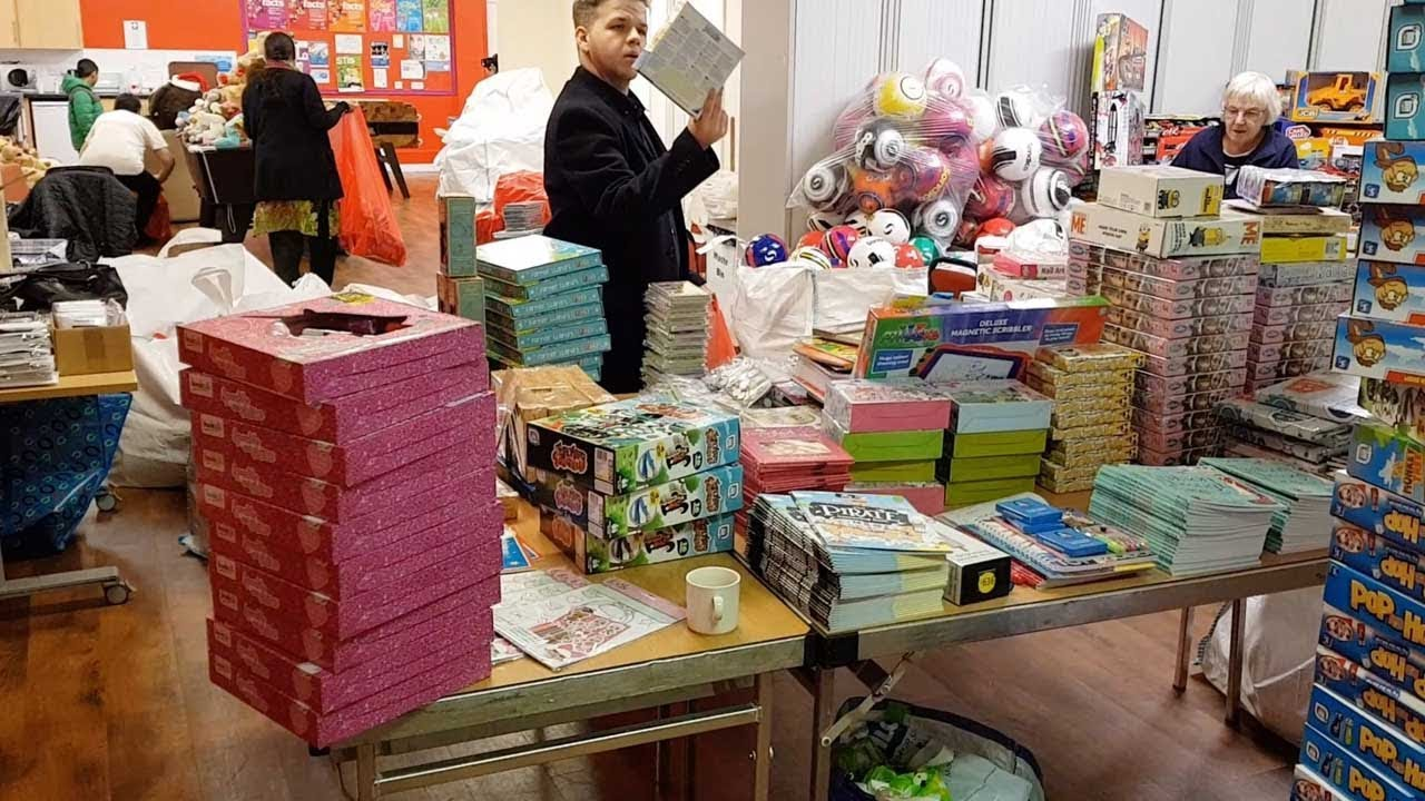Secret Santa Organisation Delivers Presents To Unprivileged Children 9