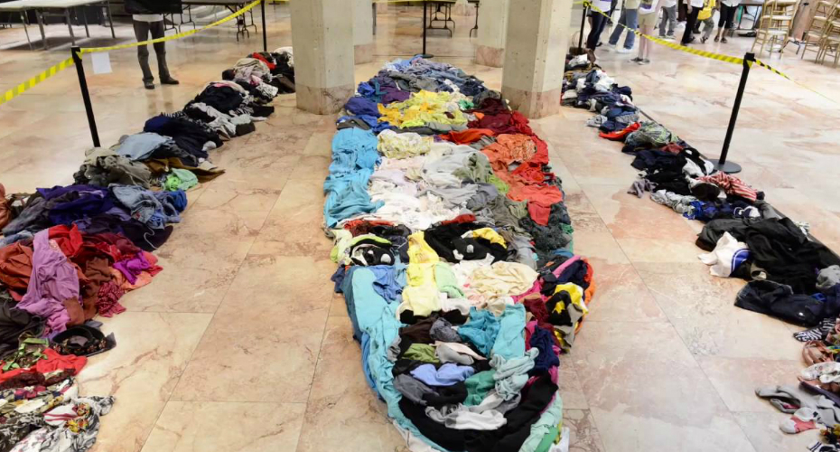 Artist Creates a Giant Anamorphic Tribute Portrait of James Conway Farley Using Thrift Store Clothing 5