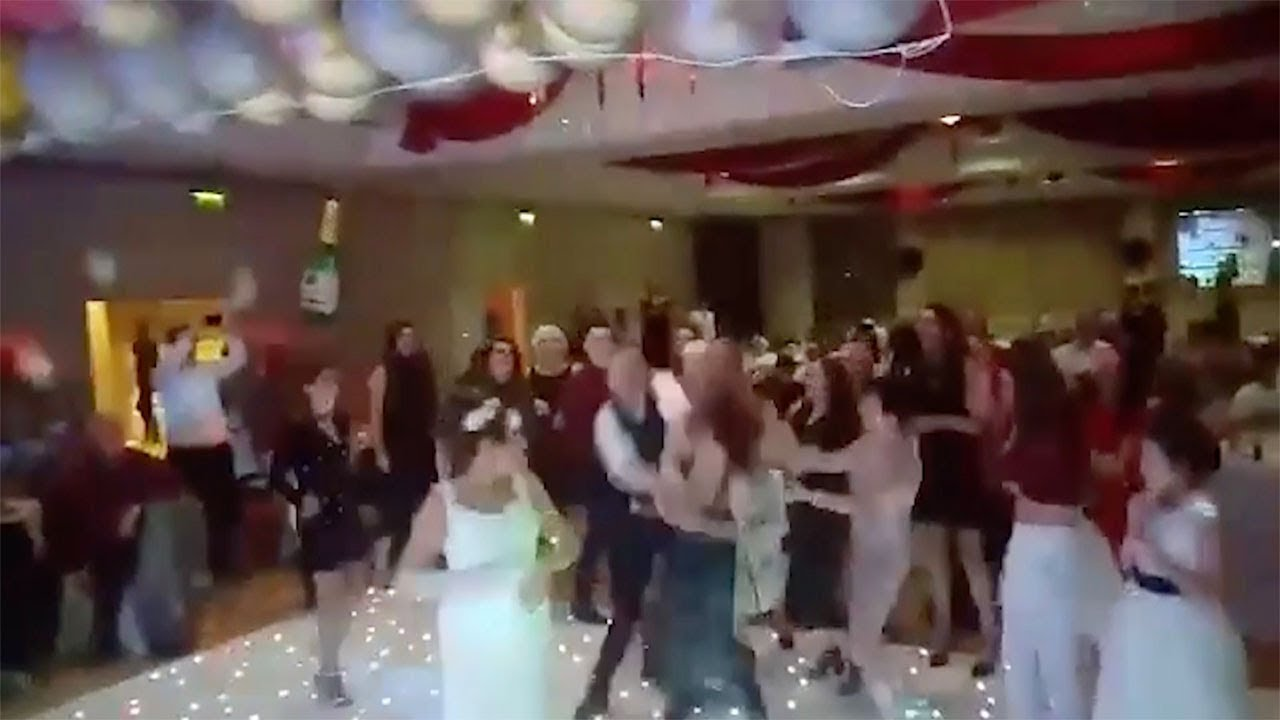 Wedding Guests Fight Over Bridal Bouquet 9